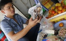 Ra chợ gặp nấm... Trung Quốc