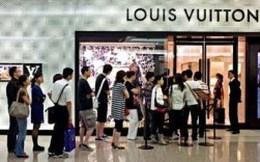 """Hàng hiệu vẫn """"phát"""" tại Trung Quốc"""