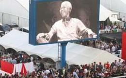Tình hình sức khỏe cựu Tổng thống Mandela đã ổn định