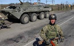 Binh sĩ Ukraine đầu tiên bị bắn chết ở Crimea