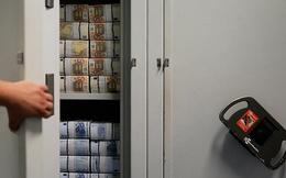 Gazprombank, ngân hàng lớn của Nga chuyển tiền về nước
