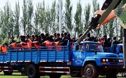 Trung Quốc xử án tập thể tội phạm ở Tân Cương