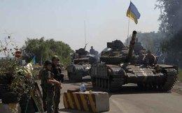 Ukraine: Xe chở người tị nạn trúng tên lửa, nhiều người chết