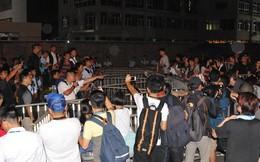 Cảnh sát và người biểu tình Hồng Kông đụng độ