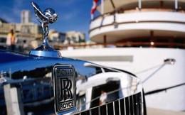 Người Nga bán ruble mua Rolls Royce?