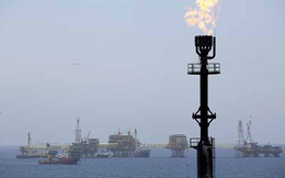 """Nhiều nước """"sốc"""" vì giá dầu"""