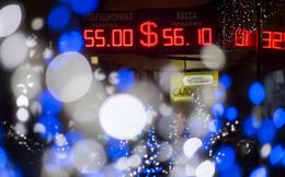 Nga tung một loạt các biện pháp khẩn cấp để cứu đồng ruble