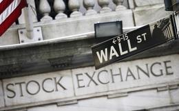 Dow Jones tuột mốc 18.000 điểm
