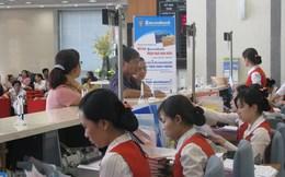 UBCKNN đồng ý cho Sacombank mở lại room nước ngoài lên 30%