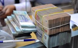 Ngày 31/3, tỷ giá trên thị trường tự do và ngân hàng biến động trái chiều