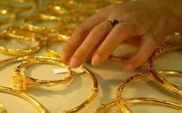 Mua bán vàng, ngoại tệ: Sao là hợp pháp?