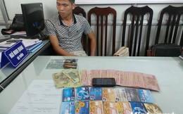 Tự làm thẻ ATM giả để chiếm đoạt tài sản các ngân hàng