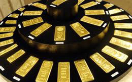 Nhu cầu mua mạnh đẩy giá vàng lên mức cao mới của 3 tháng