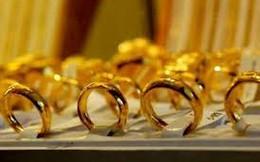 Vàng nhẫn thế vị trí vàng miếng