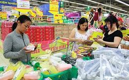 Hàng Việt vất vả giành khách hàng