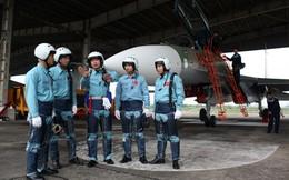 Phi công tiêm kích SU -30MKV Việt Nam học lái thế nào?