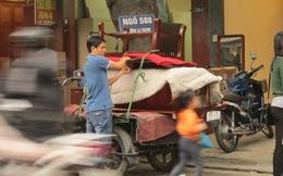 Đệ nhất xe ôm Hà Thành: Thu 30 triệu/tháng