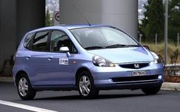 Ai dám mua chiếc xe ô tô mang tên 'gái điếm'?
