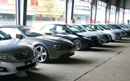 Không có chuyện giá xe ô tô giảm cả trăm triệu đồng