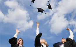 Đại học có phải là khoản đầu tư sinh lời hay không?