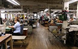 [Inside Factory] Bên trong xưởng may vest cho những quý ông quyền lực nhất nước Mỹ
