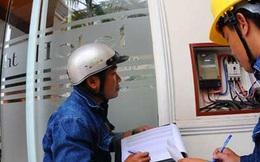 Tiền điện tháng 7 giảm, Bộ Công thương bảo 'do... thời tiết'