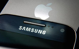 Tung sản phẩm mới, liệu Samsung có thắng nổi Apple và vượt bão khủng hoảng?