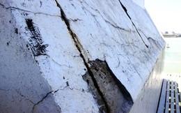 Trụ neo cầu treo dây võng lớn nhất Việt Nam nhiều vết nứt