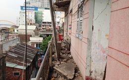 Đà Nẵng: Di dời khẩn cấp 11 hộ trong chung cư bị sập trần sân thượng