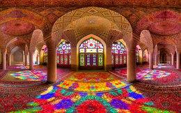Choáng ngợp với kiến trúc lộng lẫy của nhà thờ Hồi giáo