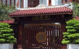 Ngắm cổng sắt hàng trăm triệu của những biệt thự tiền tỷ ở Hà Nội