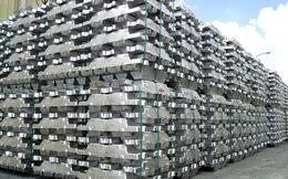 """""""Bốc hơi"""" gần 40.000 kg nhôm thỏi"""