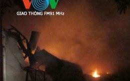 Kho hàng lớn bốc cháy ngùn ngụt trong đêm ở Hà Nội