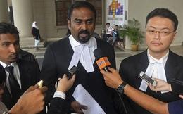 Mất cha trên chuyến bay MH370, 2 cậu bé kiện Malaysia Airlines
