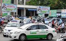 Bát nháo taxi ở Hà Nội: Bán danh, hốt bạc