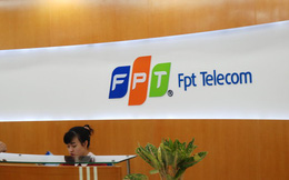 FPT gom thêm cổ phiếu FPT Telecom với mức giá 52.000 đồng/cp