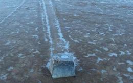 Bí ẩn về những tảng đá 'biết đi' tại Thung lũng Chết đã được hé lộ
