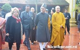 Phó Tổng thống Ấn Độ thăm chùa Trấn Quốc