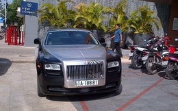 Siêu xe Rolls-Royce Ghost biển đẹp chơi tết ở Nha Trang
