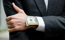 Mất 1 tỷ USD phí luật sư, Chủ tịch AIG chưa dẹp yên được cáo buộc lừa đảo