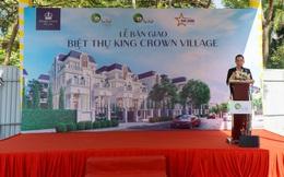 King Crown Village bàn giao 5 căn biệt thự đầu tiên cho khách hàng