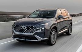 """9 """"ông vua"""" các phân khúc xe tại Việt Nam: VinFast Fadil thắng áp đảo, Kia Cerato bán gấp 4 lần Mazda3, Hyundai SantaFe xác lập doanh số khủng"""