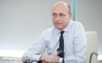 CEO Techcombank Jens Lottner: 'Tôi muốn hướng đến cung cấp trải nghiệm dịch vụ khách hàng lý thú và đơn giản như khi tải bài hát trên Spotify!'