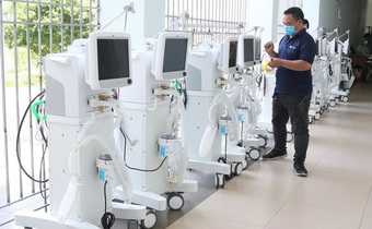 Thiết bị y tế tài trợ về tới Việt Nam phải trả lại vì Bộ Y tế chưa có hướng dẫn
