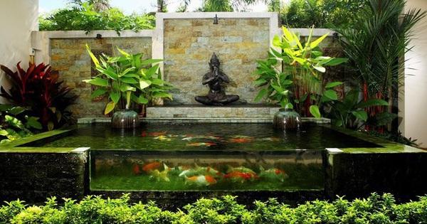 """Nhà đẹp đón Tết nhờ biến """"khoảng không chết"""" thành hồ nước sắc màu"""