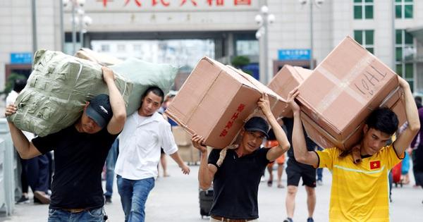 Thủ tướng cho phép giao nhận hàng hóa tại cửa khẩu, đồng ý cấp phép chuyến bay đưa người Trung Quốc từ Việt Nam về Trung Quốc