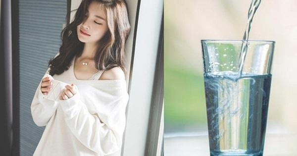 Học ngay 8 mẹo đơn giản bất ngờ khi uống nước ít người biết, vừa đúng khoa học lại giúp cơ thể khỏe mạnh mà không cần thuốc bổ