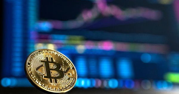 Bitcoin lao dốc, thị trường hoảng loạn, 50 tỷ USD bị 'thổi bay'