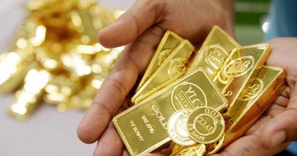 Vàng bị bán mạnh khi tâm lý nhà đầu tư lạc quan hơn