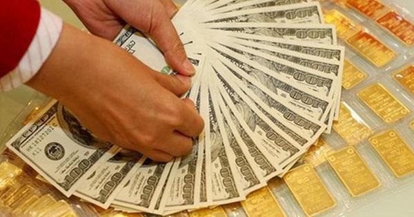 Giá USD tăng mạnh trở lại, vàng trong nước ngang với vàng thế giới